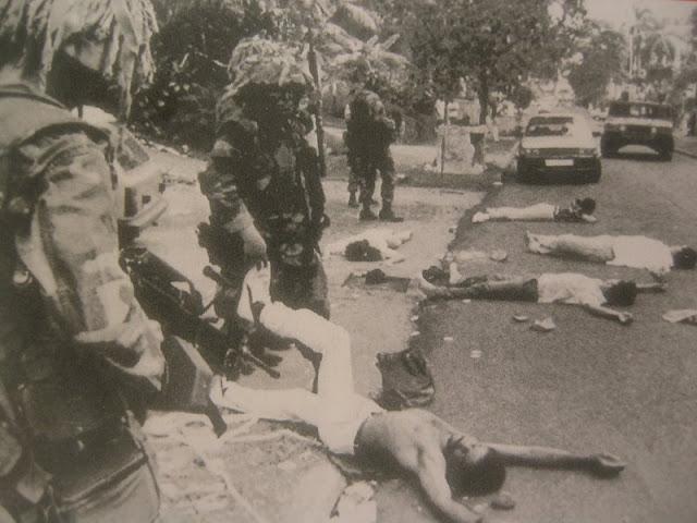 Noriega fu arrestato e portato a Miami dove fu condannato a quarant anni e  detenuto come prigioniero di guerra per essere poi rilasciato sulla parola  nel ... c01515b49275