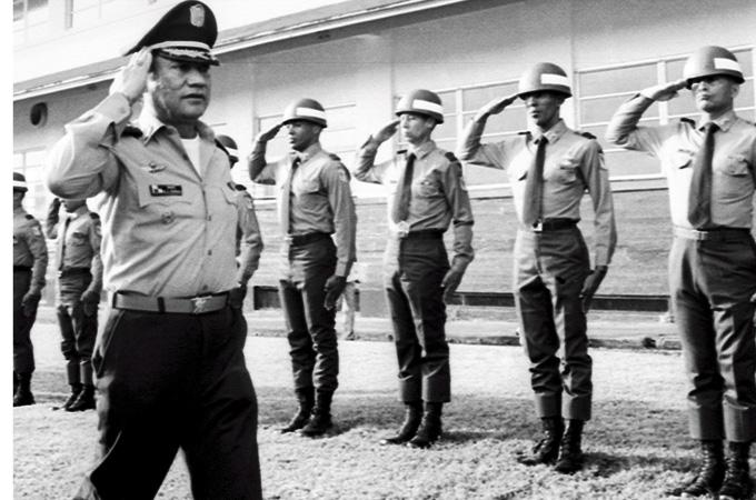 In un primo momento Noriega provò a seguire le orme di Torrijos 41c5b192b62c